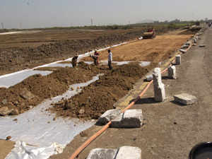 The projects approved by the Cabinet Committee on Economic Affairs (CCEA) included Rs 2015.60 crore scheme for widening of Patna-Gaya-Dobhi section in Bihar and Rs 3636.43 crore project for Baharagora-Sambalpur stretch in Odisha and Jharkhand.