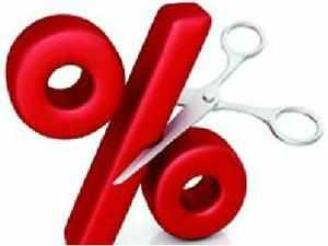 The Reserve Bank is likely to cut key interest rates by 0.50 per cent, to 7.5 per cent, in the forthcoming monetary policy review on easing inflationary pressures, says a Credit Suisse research report.