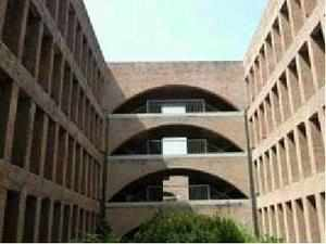 IIM-A is hunting for a successor to Samir Barua, now on an extension after his term ended on November 7, 2012. In July last year, the institute set up a five-member committee to shortlist candidates but members haven't been able to agree on names.