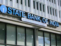 """""""The net profit of the bank during the current financial year is expected to be between Rs 14,000 cr and Rs 15,000 cr,"""" SBI Chairman Pratip Chaudhuri told."""