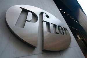 Pfizer is among the companies weighing a purchase of the injectable-medicines unit of Indian drug supplier Strides Arcolab.
