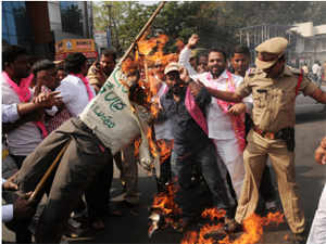 TRS MLA K T Rama Rao and other leaders and activists of different pro-Telangana organisations were detained while protesting in Hyderabad.