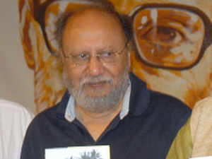 Freedom comes with certain modicum of responsibility: Apex court to Nandy's lawyer