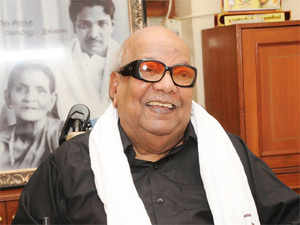 """Holding that small traders would not benefit from the Food Safety Act enacted by the Centre, UPA constituent DMK today said it cannot be """"welcomed whole heartedly"""" and sought reconsideration of certain aspects. (Pic: BCCL)"""