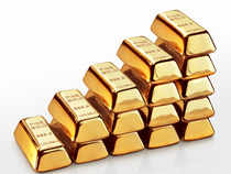 Gold snapped its two-day losing trend, recovered by Rs 10 to Rs 30,800 per 10 grams. It had lost Rs 260 in last two trading sessions
