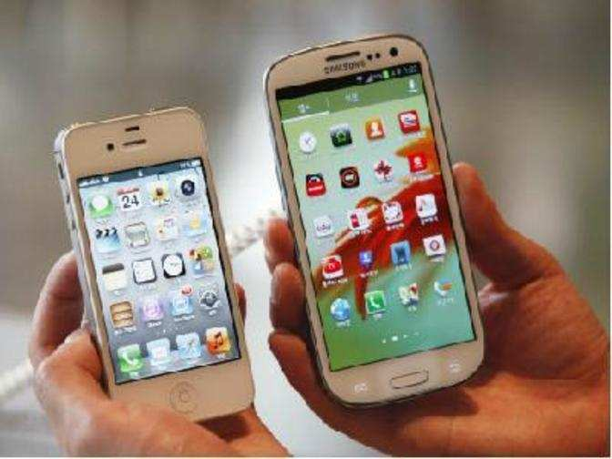 apple and samsung brand positioning Apple passes samsung to capture the top position in the worldwide smartphone market while overall shipments decline 63% in the and brands like apple, samsung.