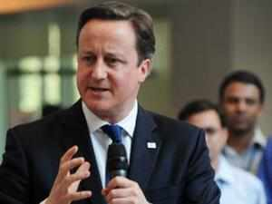 British Prime Minister David Cameron, the first English Premier to visit the city in 20 years, offered India's financial capital help to realise its goal of becoming a world class finance and business hub.