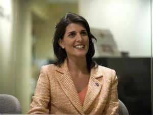 Indian-American South Carolina Governor Nikki Haley has been presented with the leadership award for giving boost to employment in the automobile sector.