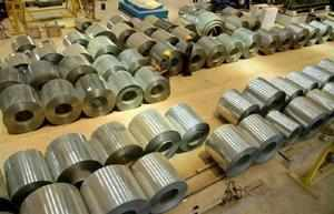 Domestic steel manufacturers want government to hike duty on its imports to rein in dumping of the alloy into the country.