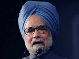 """Manmohan Singh complimented Bansal for his """"innovations"""" in critical areas of Railway infrastructure and paving the way for capacity expansion."""