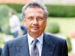 """CBI official said its team managed to get """"authenticated copies of the search and arrest warrants"""" used by the Italian police while arresting former Finmeccanica chairman Giuseppe Orsi. (Pic: AP)"""