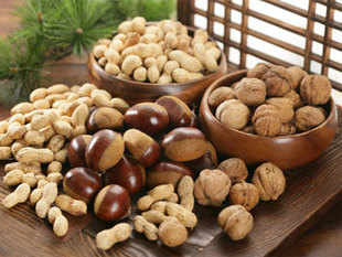 The customs duty on hazelnuts has been brought down from 30% to 10%, which is expected to bring down their cost to the level of other dried nuts such as cashew nuts and pistachios