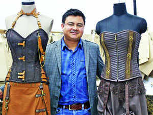 While working in the UK, Suman Bharti spotted an opportunity to design and manufacture corsets in India. Today, he heads Corset Wholesale, a Rs 26 crore enterprise