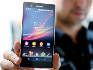 Sony Xperia Z features a 5-inch full HD display, is water and dust resistant and sports a scratch-resistant glass body
