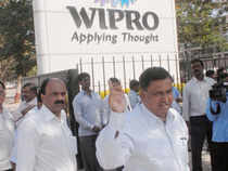 A promoter entity of Wipro Ltd today offloaded over seven crore shares of the IT company to two other promoters in transactions worth Rs 3269.57 crore