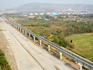 As many as 18 highway projects awarded in 2011-12 have not received financial closure, mainly due to non-availability of funds.