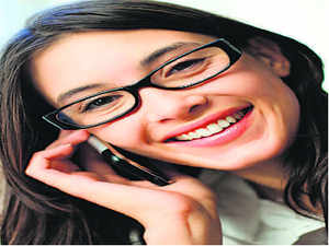 Mobile operator Videocon, which won back airwaves in six regions in the November spectrum auctions, will offer voice and data services at about 25% below current market rates, its chief executive and director, Arvind Bali, told ET.