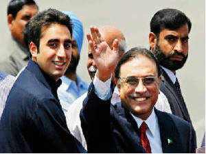 Pakistan Peoples Party chief Bilawal Bhutto Zardari today returned to the country after spending over a week in Dubai.