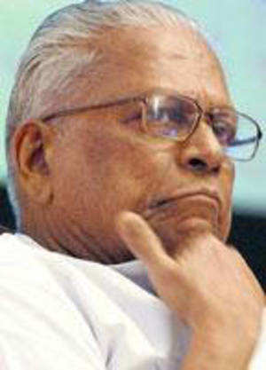 Criticising the partial decontrol of the sugar sector by the Centre, CPI(M) veteran V S Achuthanandan today alleged it was aimed at mobilising funds for the Congress-led UPA ahead of the Lok Sabha elections at the cost of common people.