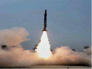 India on Sunday successfully test-fired its nuclearcapable Agni-II strategic ballistic missile from a military base in Odisha, a defence official said.