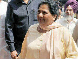 Days after the Samajwadi Party spoke of early Lok Sabha polls, Bahujan Samaj Party chief Mayawati refused to rule it  out.
