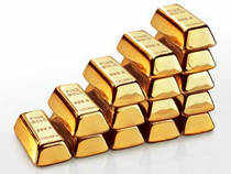 The main reason for gold's short-term weakness is the rise of the dollar due to the economic crisis in Europe.