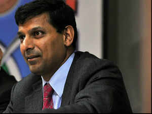 There is no reason to consider issuing a sovereign bond in global markets to fund India's bulging current account deficit (CAD), Chief Economic Advisor Raghuram Rajan said on Sunday.