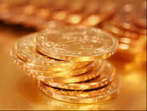Twenty analysts surveyed by Bloomberg expect bullion to drop next week, with nine bullish and four neutral, the biggest proportion of bears since February 2010.