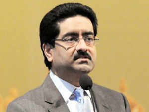 Aditya Birla Group plans to invest Rs 525 crore in the group's retail arm and raise its borrowing limit by Rs 2,500 crore to ramp up its business.