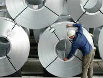 Hindalco is unlikely to do well unless aluminium prices recover or the company gets clearance for its captive coal blocks in Madhya Pradesh