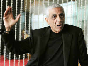 It's not every day that the US President drops by for dinner at the home of an ordinary resident but Vinod Khosla is no regular Joe.