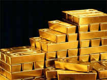 Commodity investments fell $27 billion in April, the most in 11 months, on record sales of gold exchange-traded products, Barclays said.