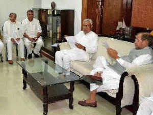 Bihar Chief Minister Nitish Kumar and JD (U) national president Sharad Yadav holding a meeting of party MPs, legislators and other office-bearers in Patna on Sunday