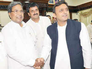 File photo: Karnataka Chief Minister Siddaramaiah meets Uttar Pradesh Chief Minister Akhilesh Yadav at Vidhana soudha, in Bengaluru.