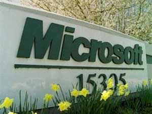 Microsoft recently talked with Nokia about buying the Finnish phone maker's devices unit, but the discussions faltered and are not likely to be revived, the report revealed.