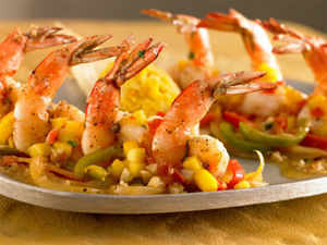 India's seafood export has touched an all-time high of 9,28,215 tonnes worth Rs 18,856 crore for 2012-13 which showed  7.68% increase in quantity.