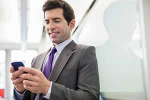 RIL telecom arm to get 6 months more for testing 4G calls