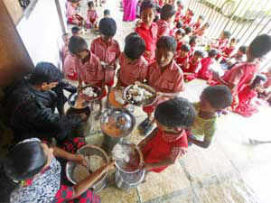 Two women who cooked mid-day meals for students of a government middle school in Bihar's Madhepura district fainted after eating the food today.