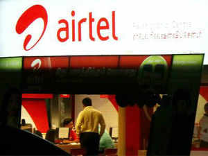 Bharti Airtel will shortly launch an international fibre-optic cable link to boost internet speeds in Bangladesh even as it readies to pitch for 3G airwaves that will be auctioned by the neighbouring country in early-September, a top executive with direct knowledge told ET.
