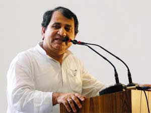 Congress disapproved of the remarks of Shakeel Ahmed and MP Rashid Masood that the 2002 Gujarat riots had led to the formation of IM.