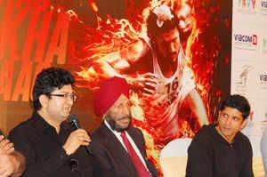Bhaag Milkha Bhaag scripts a success formula, Bollywood studios see huge appeal in biopics