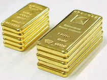 Jewellers are up in arms against the new 20-80 principle worked out by the Reserve Bank of India to curb gold imports.