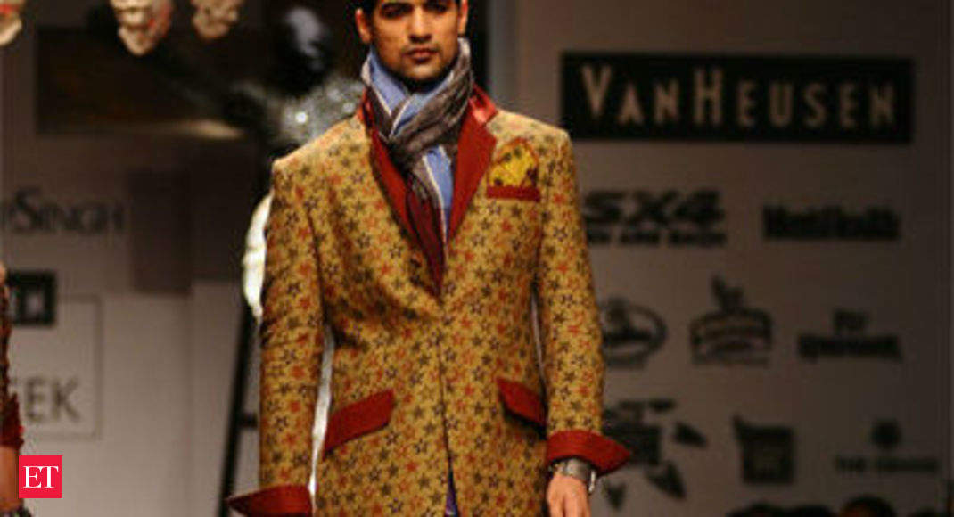 Pakistan Emerges As A Top Market For Indian Designers Even As Political Issues Play Foul The Economic Times