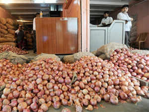 The Commerce Ministry has notified imposition of a minimum export price (MEP) of USD 650 per tonne on onion to curb shipments and control rising prices.