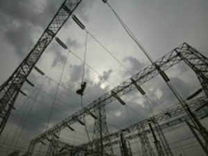 Deepak Parekh-headed panel to look into the issue of compensatory tariffs for imported coal- fired projects of Tata Power and Adani Power has submitted its recommendations to electricity regulator CERC