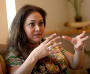 I'm a housewife, no role in ADAG: Tina Ambani