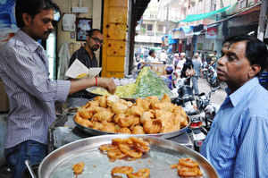 Bill to protect street vendors introduced in Lok Sabha