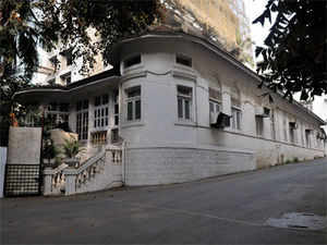 south mumbai s high end luxury homes find few takers the economic