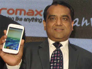 Targetting the youth, Domestic handset maker Micromax today launched its first tablet PC in the Canvas series for Rs 16,500.