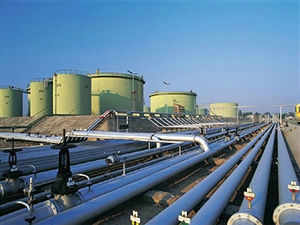 The Cabinet has cleared a Rs 37,230 crore refinery project in poll-bound Rajasthan, ahead of UPA Chairperson Sonia Gandhi's visit.